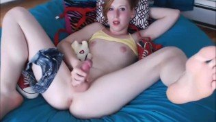 Redhead Tranny Cumming All Over Herself