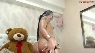 teen brunette tgirl webcamshow!